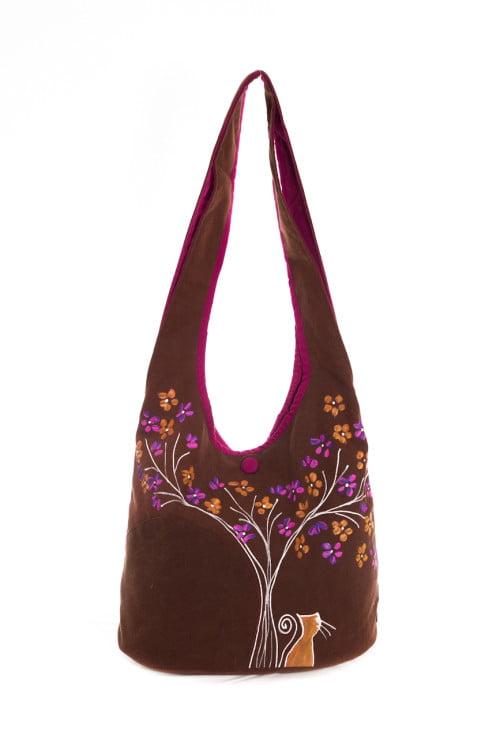 geanta pictata manual cu flori si pisic pe textil maro
