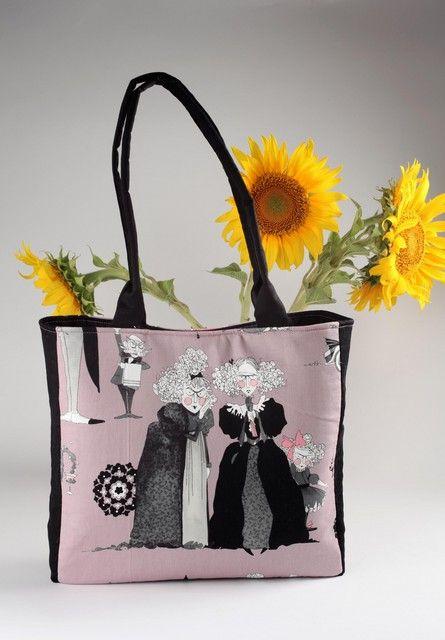 geanta-umar-addams-family-stil-funny-scarry-imprimeu-roz-negru-din217