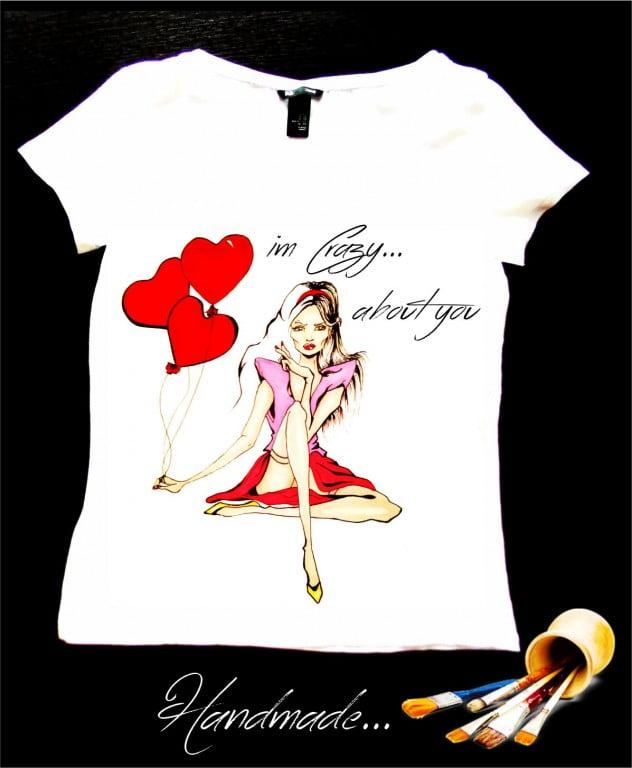 tricou pictat manual pentru sfantul valentin