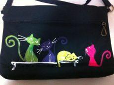 geanta de umar pisici multicolore pictata manual
