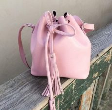 geanta umar saculet piele naturala roz prafuit