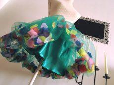 fusta tutu handmade dama din tull verde cu petale flori multicolore
