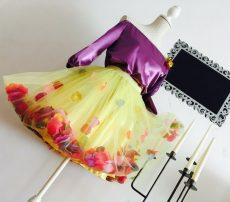 fusta tutu handmade dama din tull galben cu petale flori multicolore