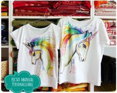 set tricouri mama fiica pictat manual cu unicorni