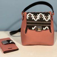 rucsac geanta tribal din piele naturala roz